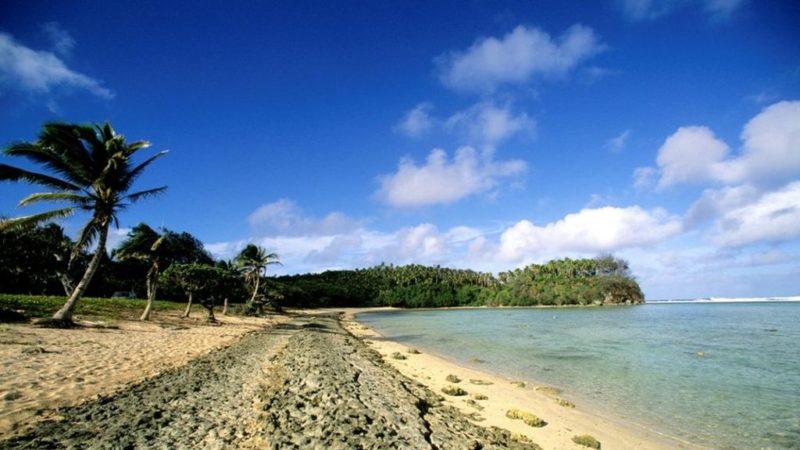 Пляж на Тонга