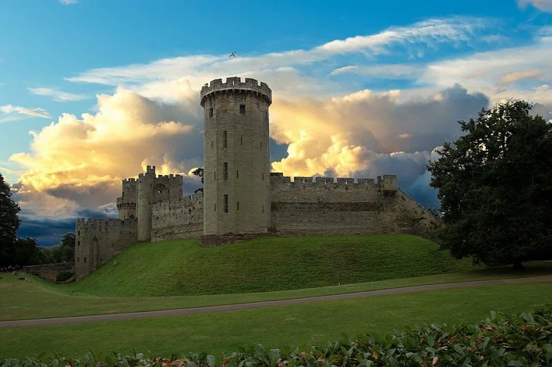 Интересные факты о средневековых замках